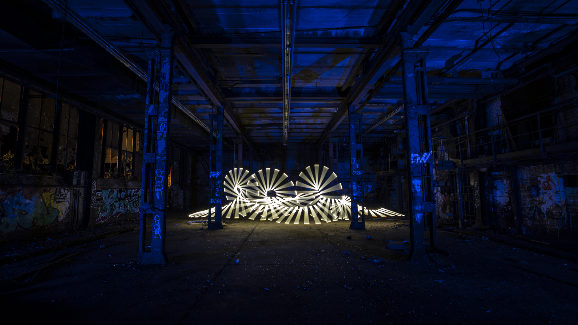 LightArt of LostPlace – Deutzer Hallen